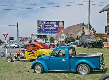 Hot Rod Pick up at the Pigeon Forge Rod Run