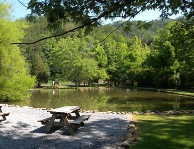 big-rock-dude-ranch-fishing-pond