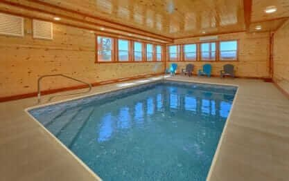 Summit Pool Lodge
